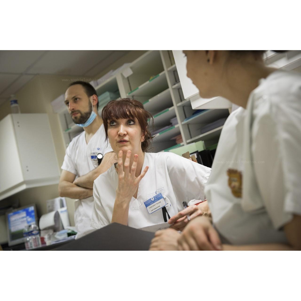 APHP hopital St-Louis. service d'Hematologie. Les equipes de nuit.